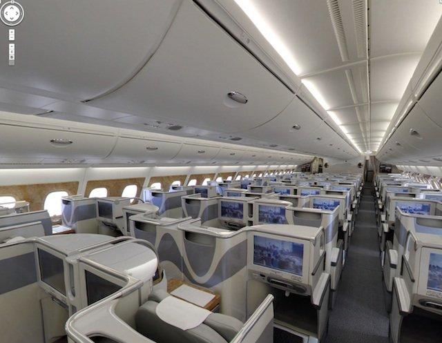 Visite virtuelle 360 d 39 un a380 photos du cockpit de la for Avion airbus a380 interieur