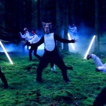 « The Fox », un clip drôle et intrigant vu déjà 174 millions de fois!